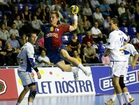 Handball rocks the Palau (30-19)