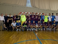Handball team take first title of the season (37-28)