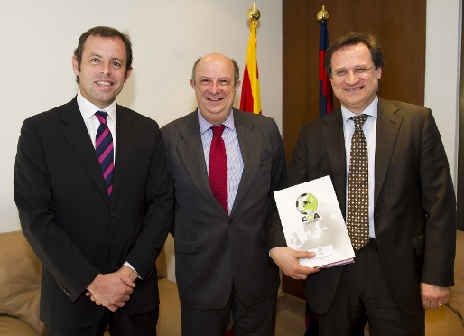 Sandro Rosell and ECA leaders meet with Santiago Fisas, MEP