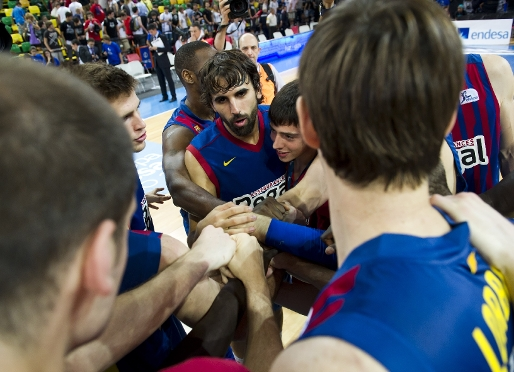 Barça into Supercup final (74-70)